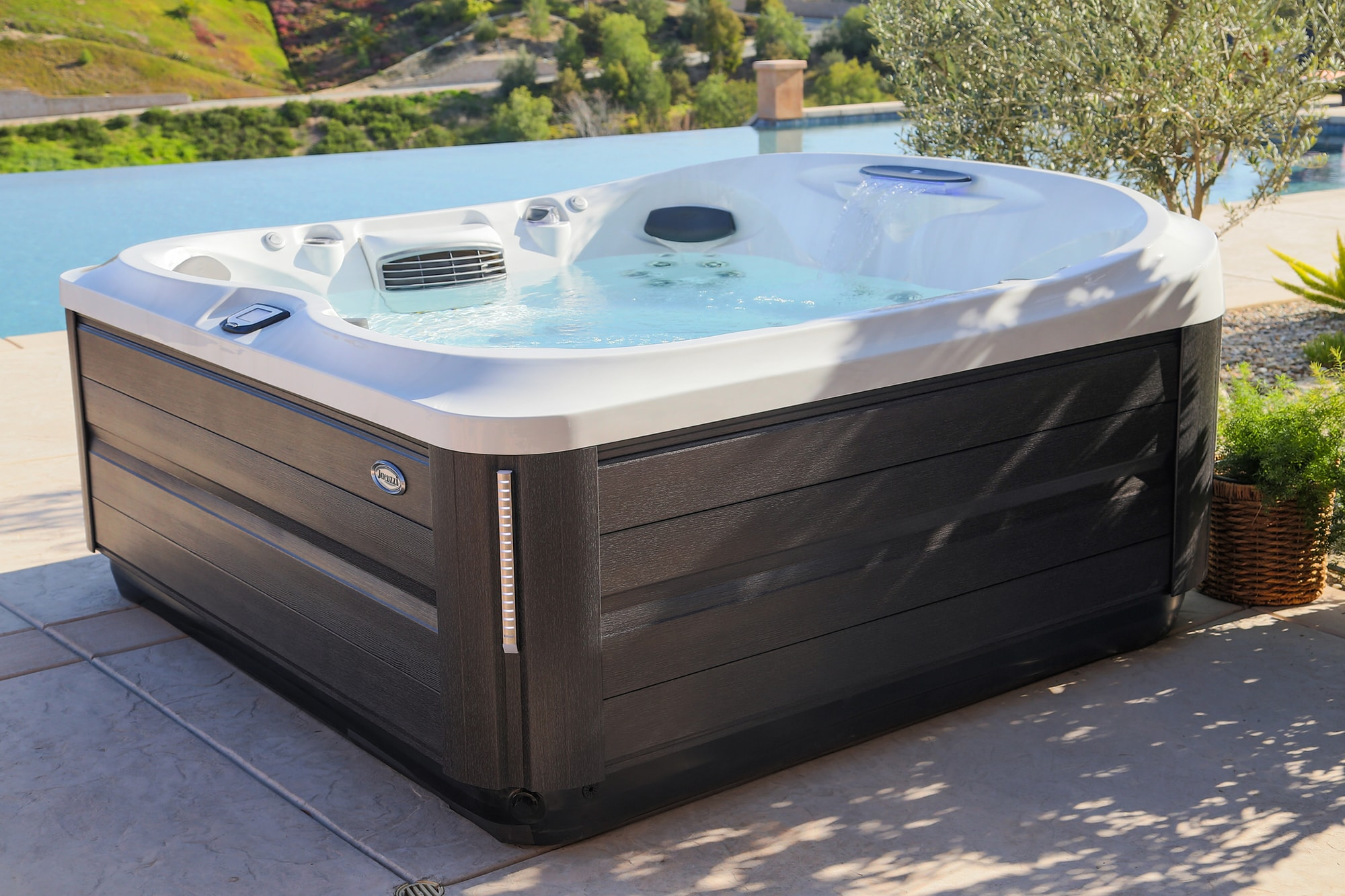 Jacuzzi J-400 Collection Hot Tub Installation